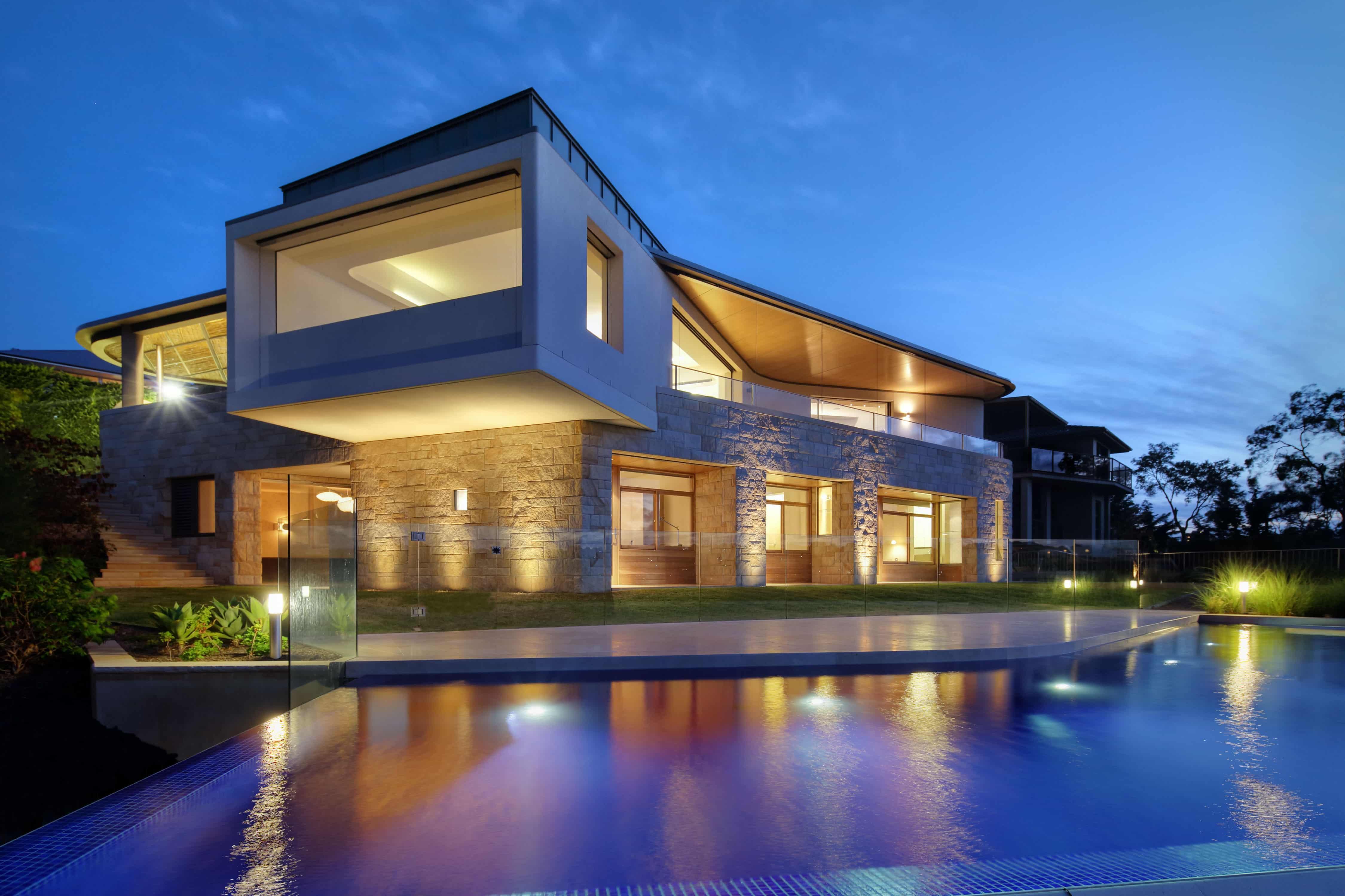 Fachada de arquitectura moderna.