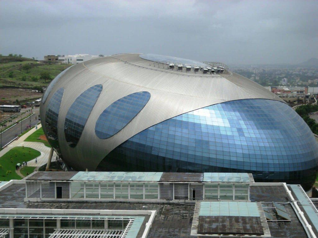 Vista superior del edificio de Infosys en el India.