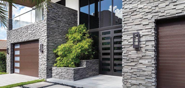 fachada moderna con piedra