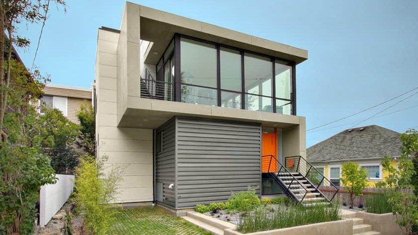 Herrería en fachadas de casas modernas.