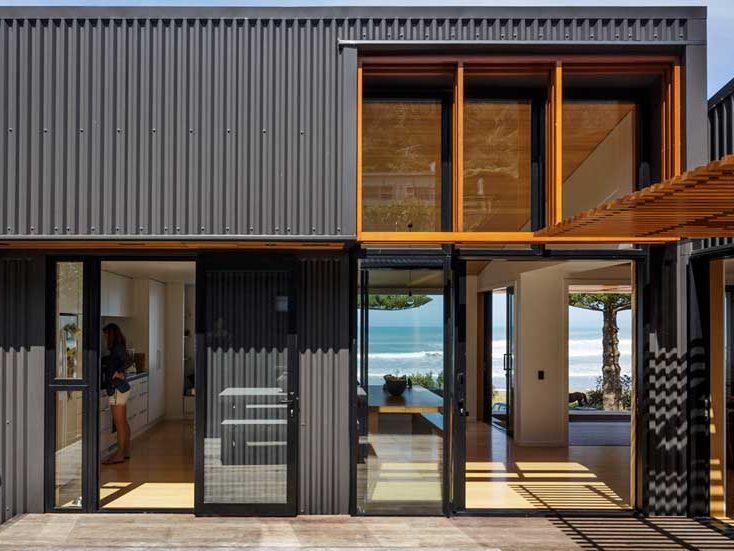 Fachadas de casas modernas fabricadas con acero.