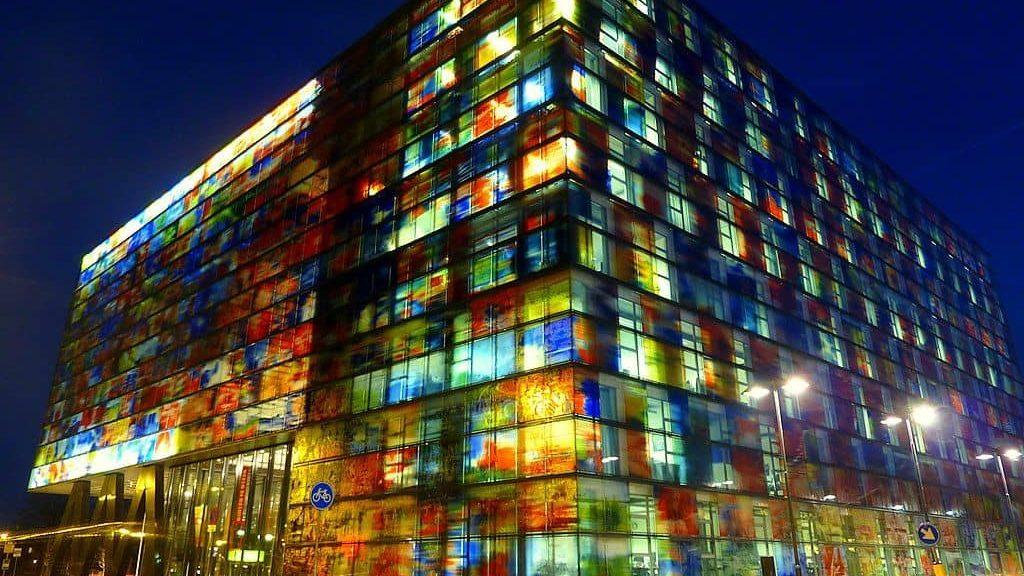 Instituto Holandés de sonido y visión.