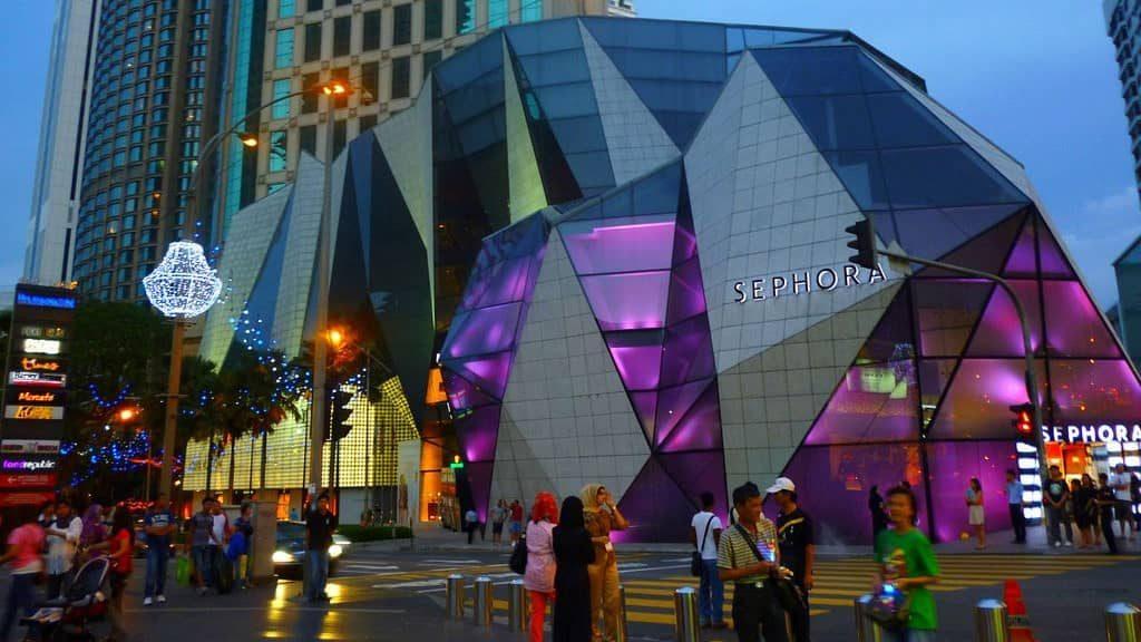 El centro comercial Starhill Gallery es una de las mejores expresiones de las fachadas modernas. Fachadas originales.